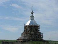 11 июля 2012 г. На храме отремонтирован купол и уложена кровля. Слава Богу!
